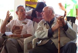 Aprendendo mais com dois Mestres - Antônio Amaury Corrêa de Araújo  (Sentado á minha direita) e o Dr. Lamartine (a minha esquerda)