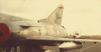 Fuselagem delgada de um Mirage III da FAB.