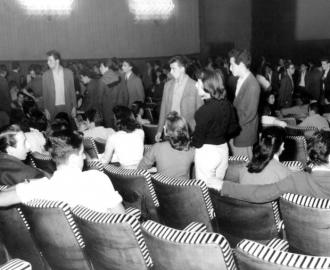 Filme provocou confusão nos cinemas. O governado Jânio Quadros mandou prender arruaceiros