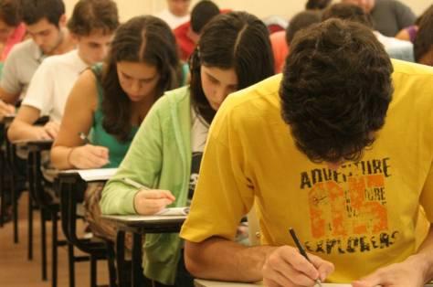 estudantes-que-nao-renovaram-o-fies-poderao-faze-lo-a-partir-de-3-de-agosto
