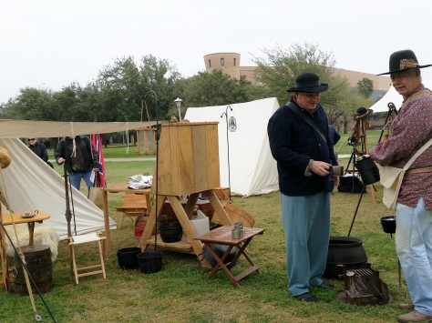 3-6-2015-CivilWarTrail-reenactors-coffee