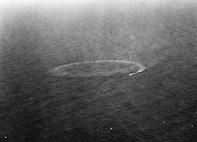 U-199Circling