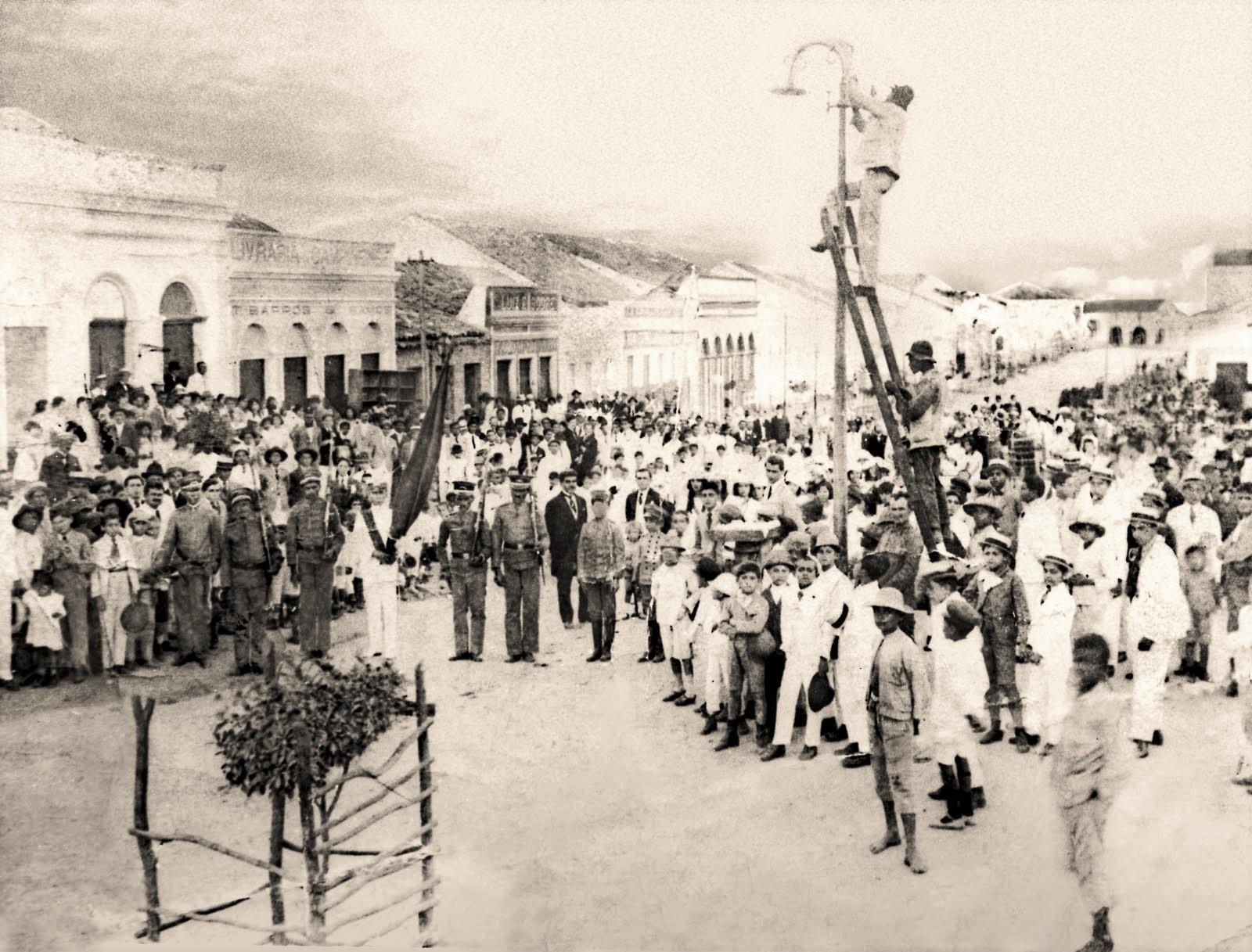 fotluz-eletrica-1912-campina