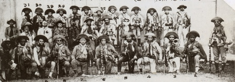 Bando de Lampião com prisioneiros em Limoeiro do Norte, junho 1927