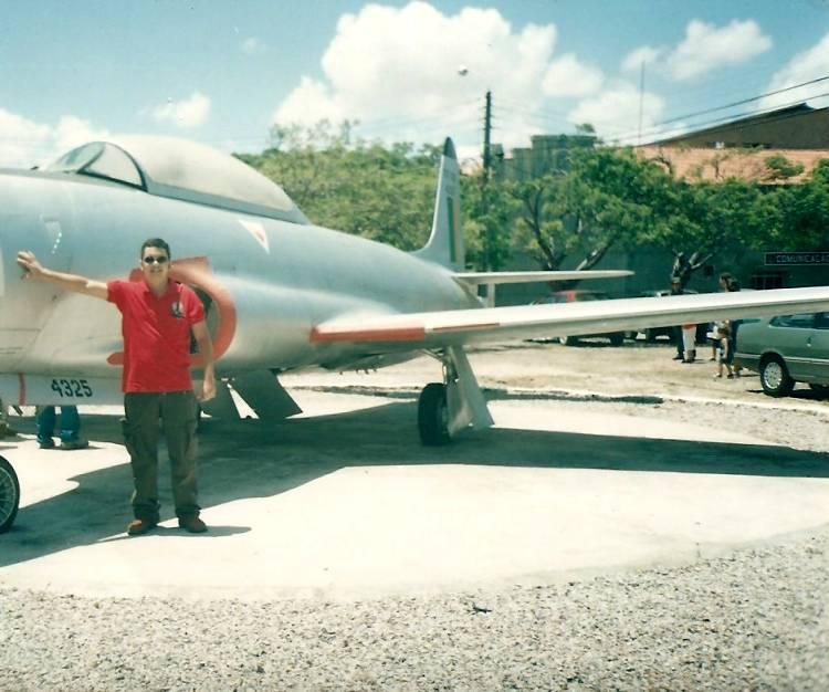 ft_av_Lockheed_TF-33A_FAB4325_preservado