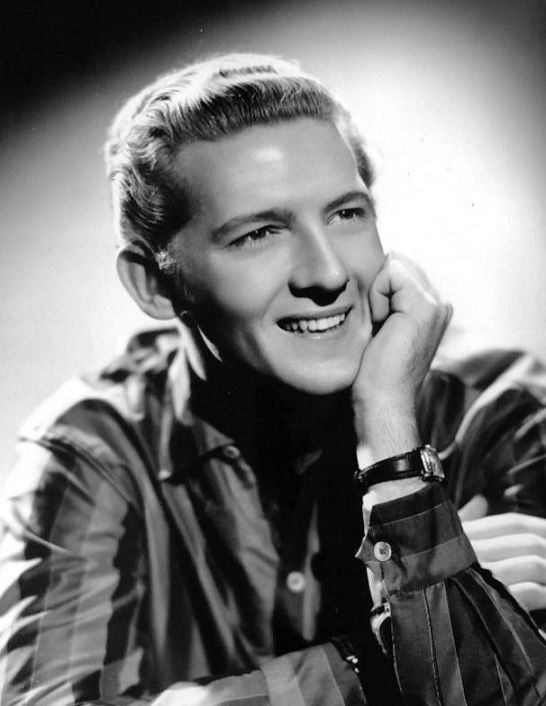 Jerry_Lee_Lewis_1950s_publicity_photo_cropped_retouched