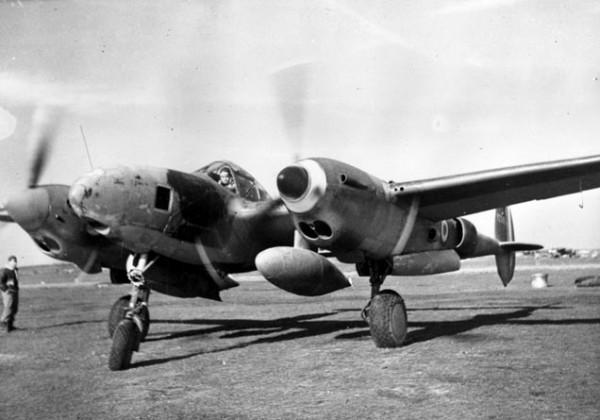 Saint-Exupéry-aboard-his-Lockheed-P38-Lightning-300x210@2x