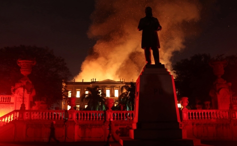 Image: Firefighters try to extinguish a fire at the National Museum of Brazil in Rio de Janeiro