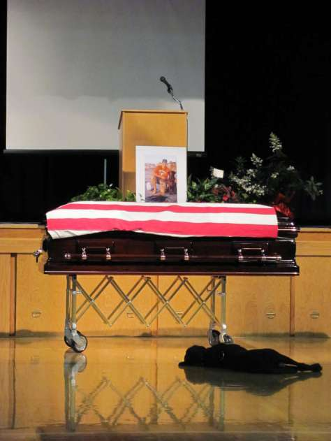 Navy SEAL Killed In Afghanistan Mourned By Dog